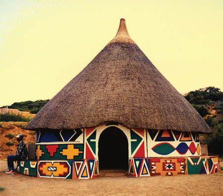 A Ndebele háznak mindenki csodájára jár Afrikában.