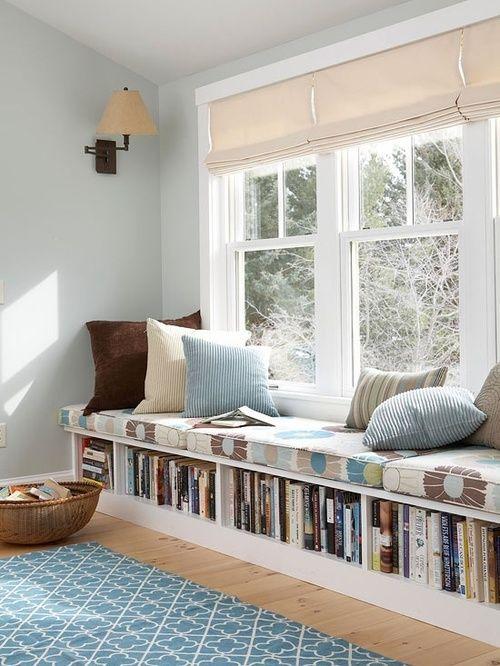 Olvasósarok, praktikus, beépített könyvpolccal ;)